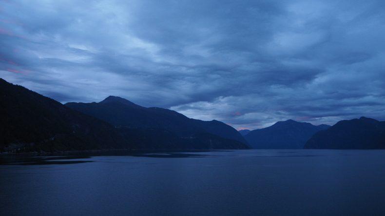 Der Geiranger Fjord morgens um fünf Uhr