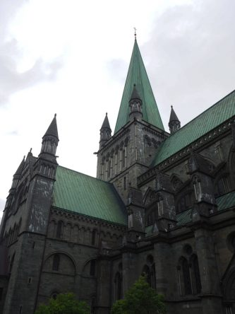 Eine wunderschöne Kirche mitten in der Stadt