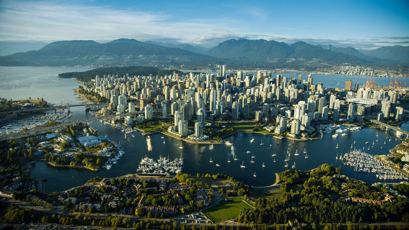Vancouver (Photocredit: Albert Normandin)