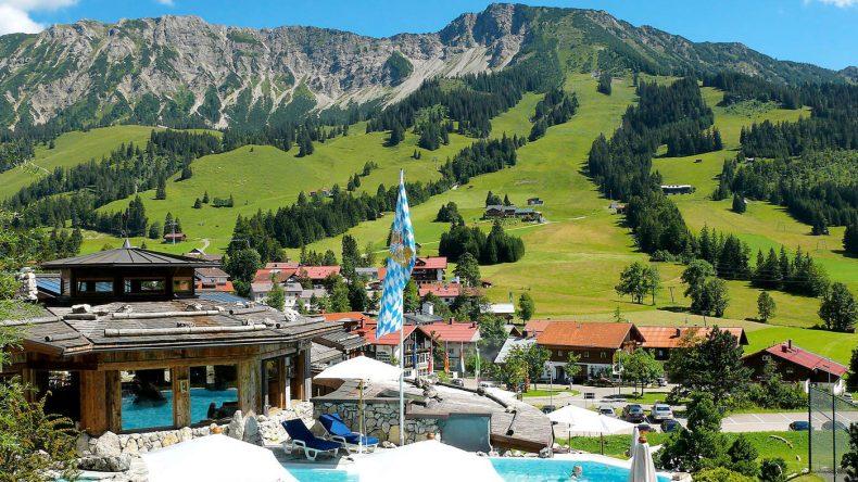 Das Hotel Lanig Resort und Spa lädt zu einem entspannten Wohlfühlurlaub ein