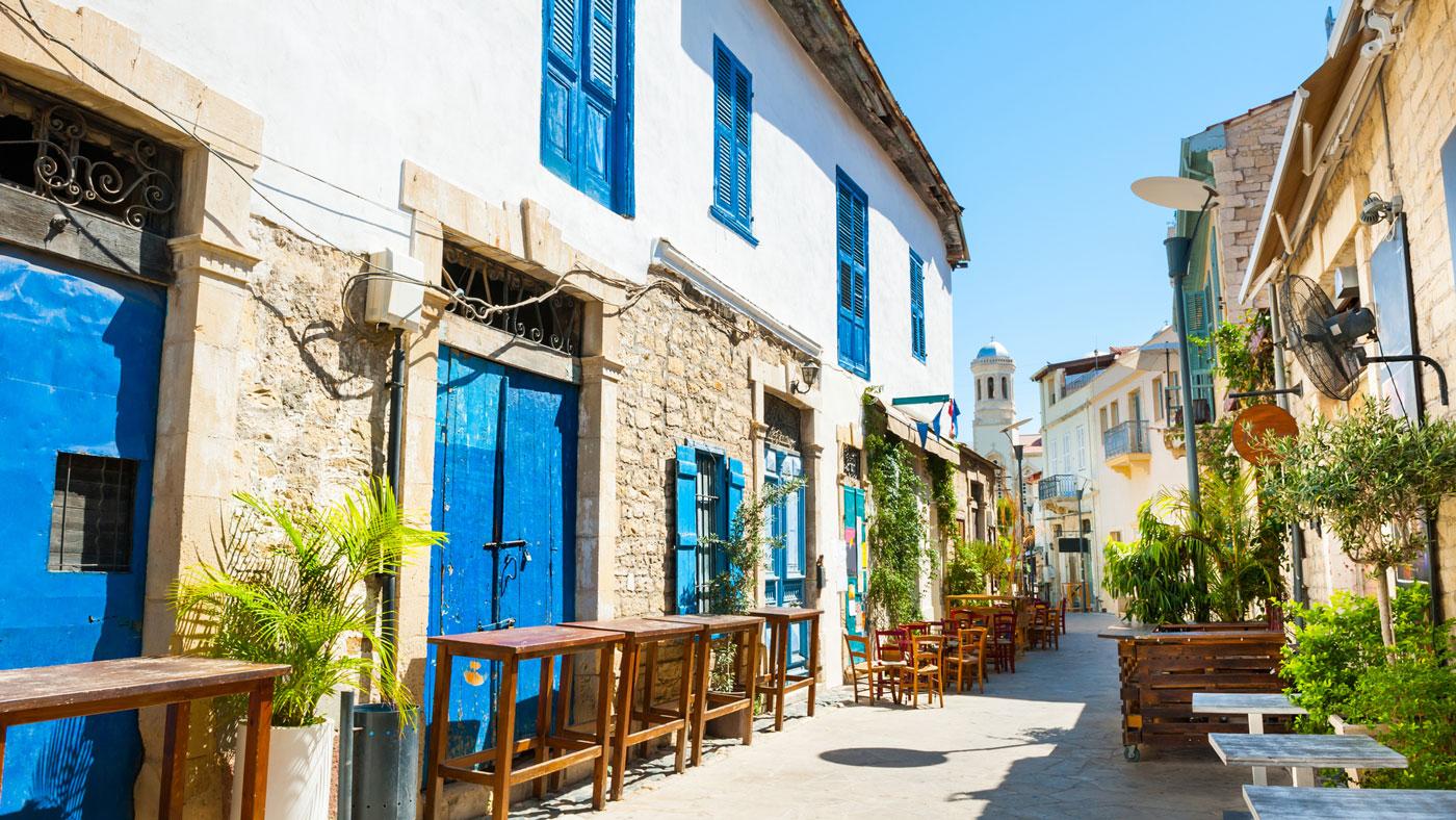 Limassols Straßen versprühen eine tolle Atmosphäre (istockphoto/Olga_Gavrilova)