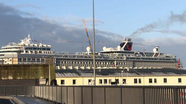 Die neue TUI Mein Schiff 2