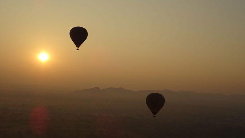 So langsam geht die Sonne über Bagan auf.