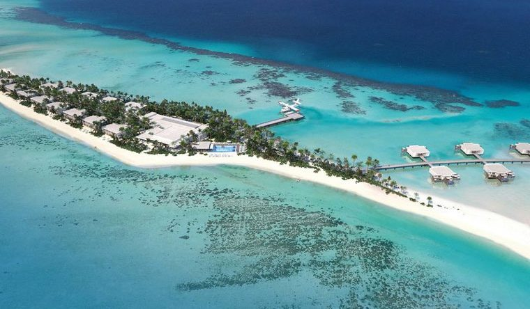 Das komplett neue RIU Palace Maldivas öffnet auf der Privatinsel Kedhigandu