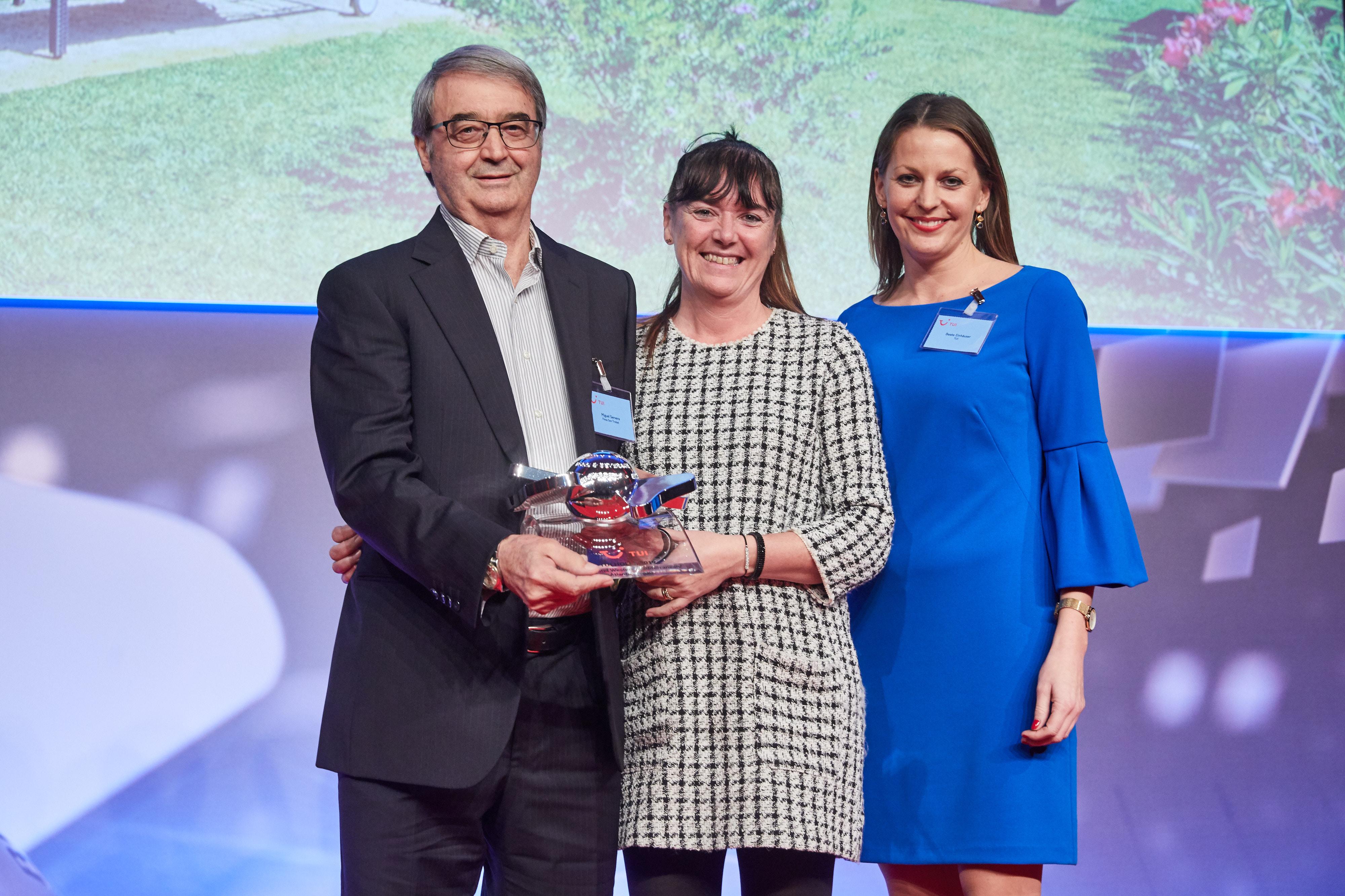 """Die Finca Son Trobat gewinnt den TUI Holly Award 2019 in der Kategorie """"Bestes Hotel westliches Mittelmeer/Atlantik"""""""