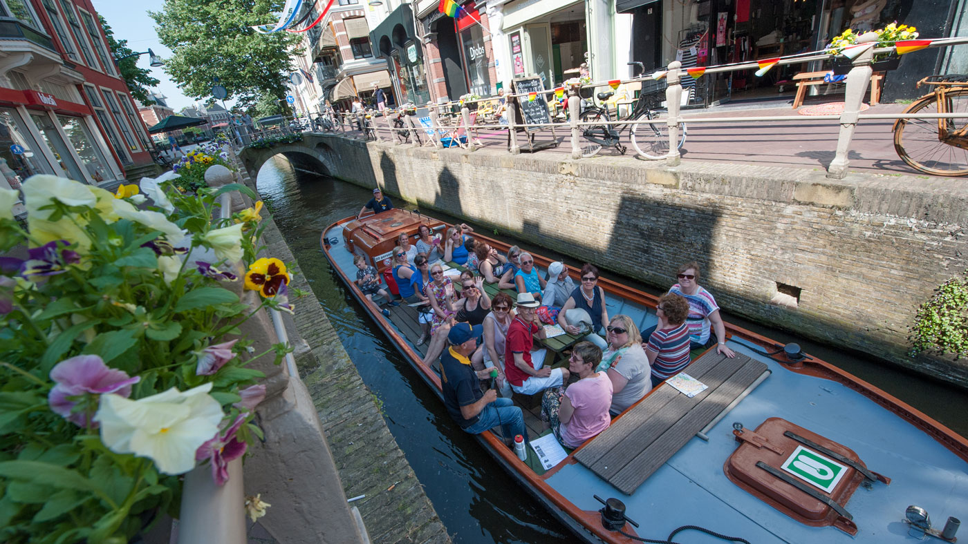Städtehopping in Friesland: Die Elf Städte von Friesland sind über Kanäle miteinander verbunden.