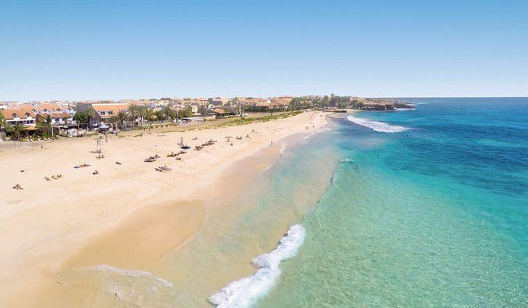 Der neue ROBINSON Club Cabo Verde auf der Insel Sal liegt direkt am Strand