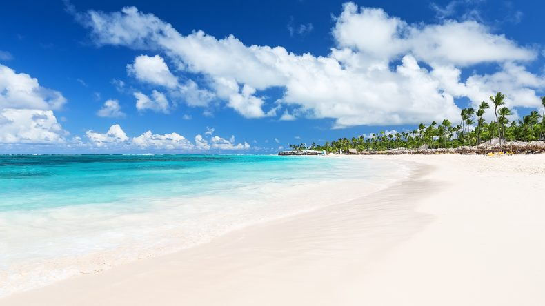 Dominikanische-Republik_Punta-Cana_Strand_Preto-Perola
