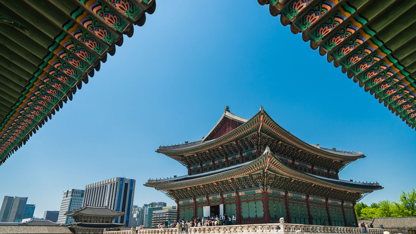 Der beliebte Gyeongbokgung Palast (übersetzt: strahlende Glückseligkeit) ist natürlich eine Augenweide. // Copyright © Korea Tourism Organization
