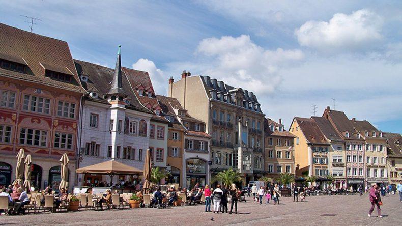 zentraler Platz in Mulhouse