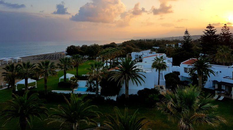 Der spektauläre Sonnenaufgang im Grecotel Creta Palace