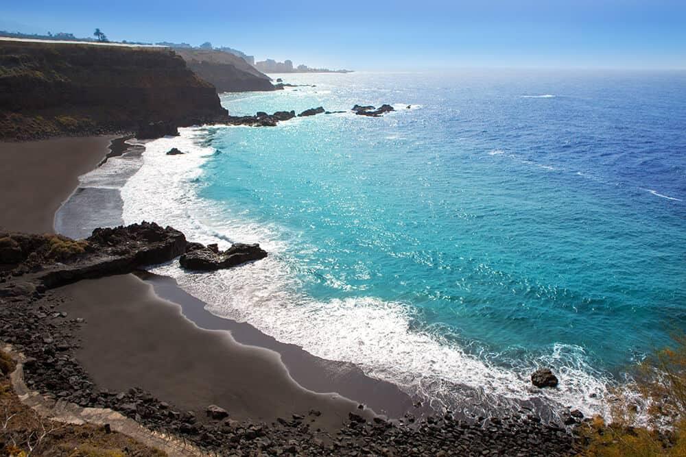 Der Playa de Bollullo bei Puerto de la Cruz ist einer der schönsten Naturstrände im Norden Teneriffas