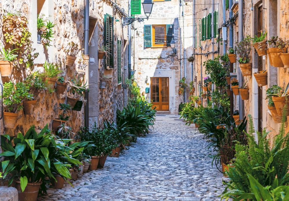 Kein anderer Ort Mallorcas ist so über die eigenen Grenzen hinaus bekannt wie Valdemossa