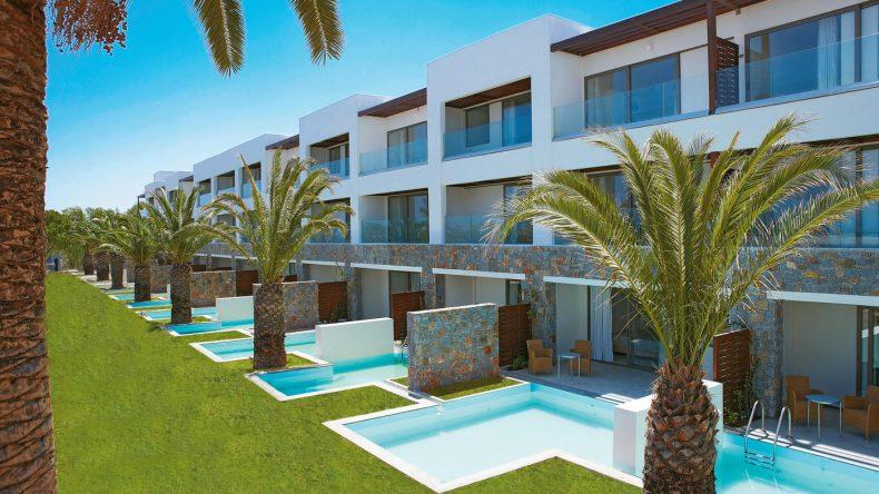 Die Superior Rooms bieten einen eigenen Garten und einen Private Pool