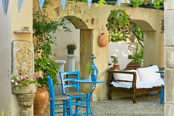 Echtes griechisches Urlaubsfeeling kommt im Kafenion