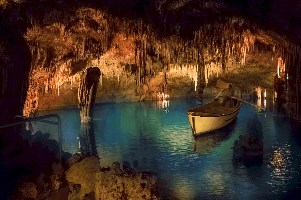 In den Sommermonaten sind die Cuevas del Drach oft sehr überlaufen - hier lohnt es sich, auf die nicht so bekannten Cuevas de Campanet auszuweichen