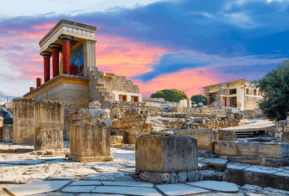Der Palast von Knossos wurde rekonstruiert, wodurch seine ursprüngliche Pracht erneut in einem antiken Glanz erstrahlt