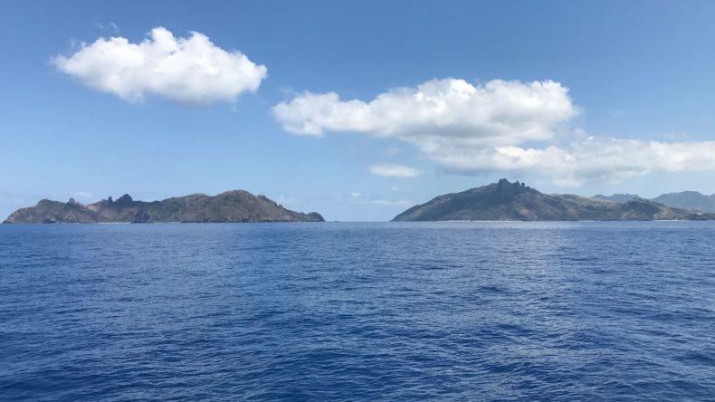 Per Boot erreichen wir die einzelnen Fiji Inseln