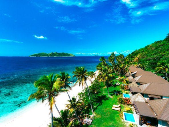 Die Beachfront Villen des Matamanoa Island Resort liegen direkt am Strand