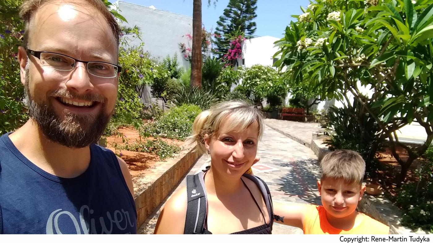 René mit seiner Familie auf Kreta