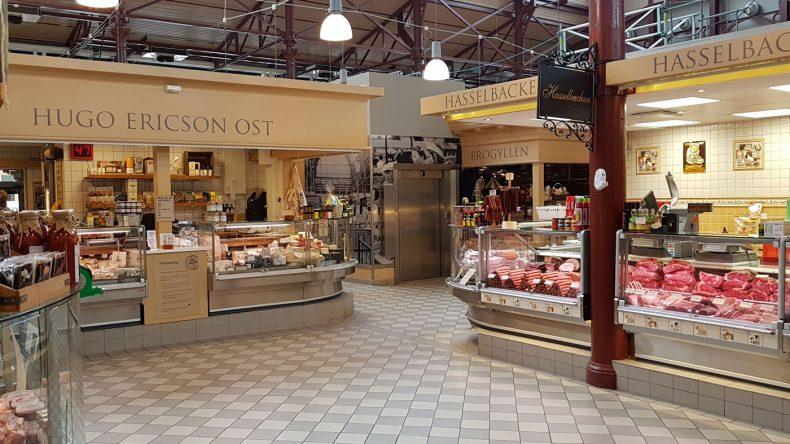 Markthalle mit schwedischen Spezialitäten