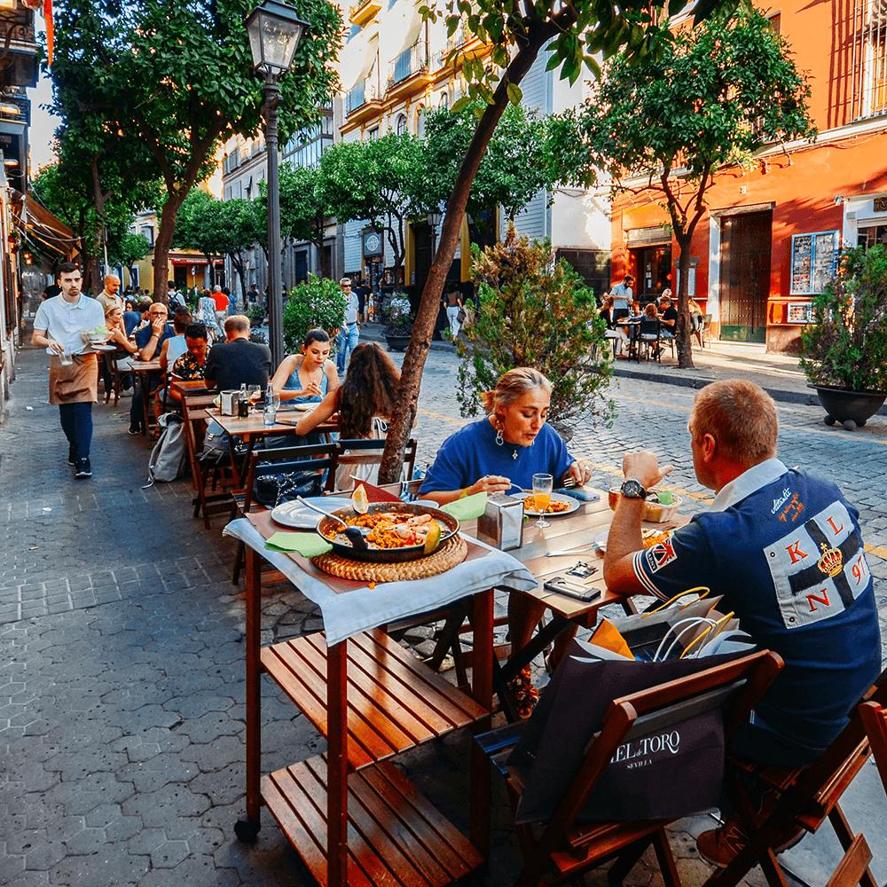 Wenn du schon immer die traditionelle Paella kosten wolltest, dann probiere die Beste: im entspannten Restaurant Santa Gertrudis in Santa Gertrudis de Fruitera auf Ibiza