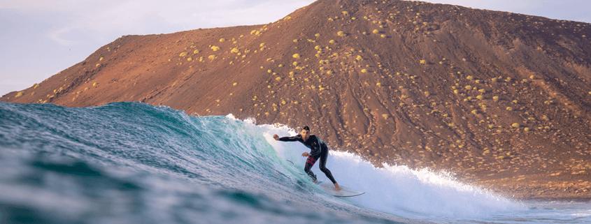 Warum Surfen auf Fuerteventura einfach rockt