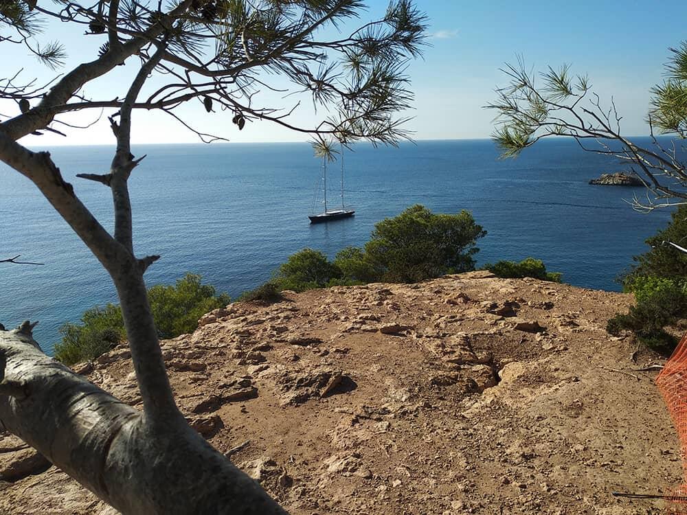 Was viele nicht wissen: Ibiza hat neben seiner lauten Partymeilen auch eine stille, ländliche Seite