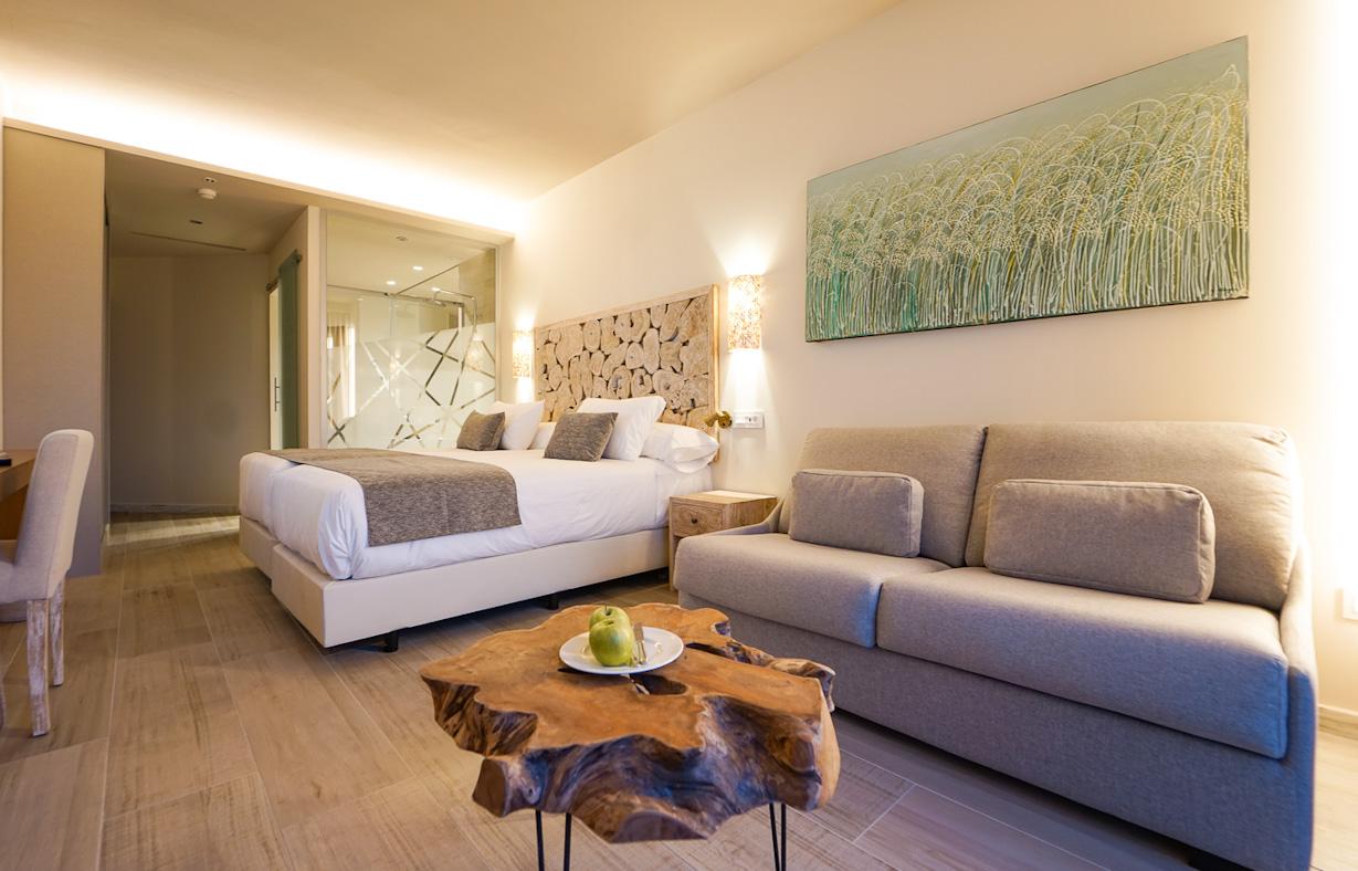 Offene und helle Standard-Zimmer im TUI SENSIMAR Zahara Beach & Spa.