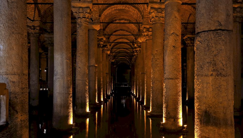 Die unterirdische Zisterne wurde von Kaiser Konstantin in Auftrag gegeben