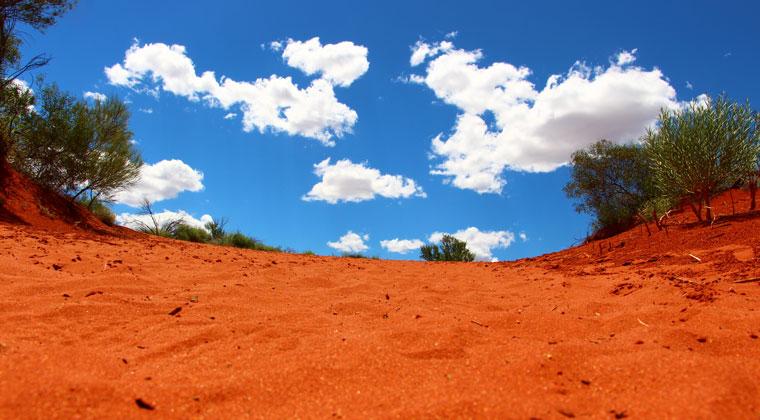 Roter Boden im Outback Australien