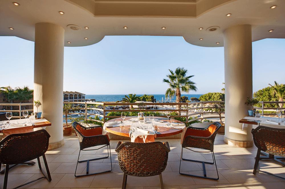 Das TUI MAGIC LIFE erwartet seine Gäste mit drei eigenen Restaurants sowie drei Bars.