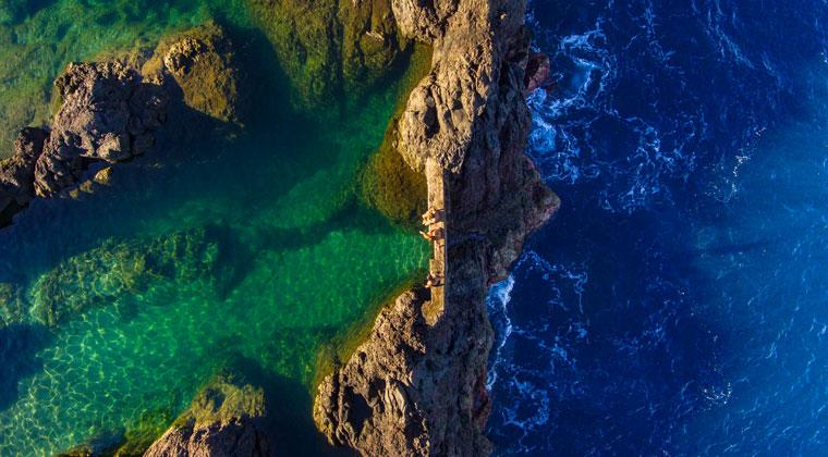 Lavaschwimmbecken in Porto Moniz