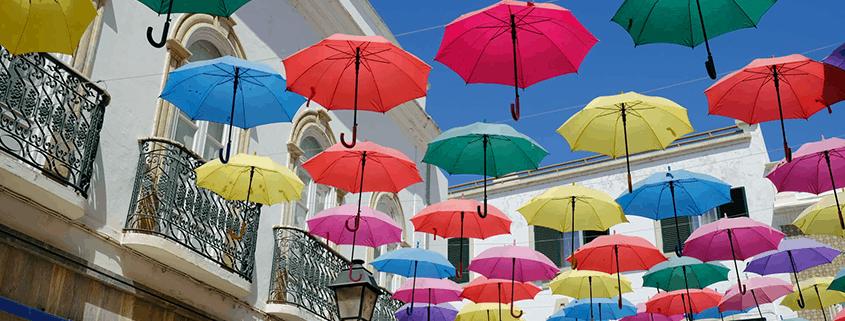 Ich schlendere durch die hübsche Einkaufsstraße von Olhao.