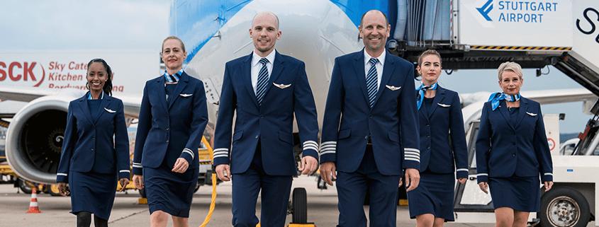 TUI fly bildet dich zum Flugbegleiter aus.