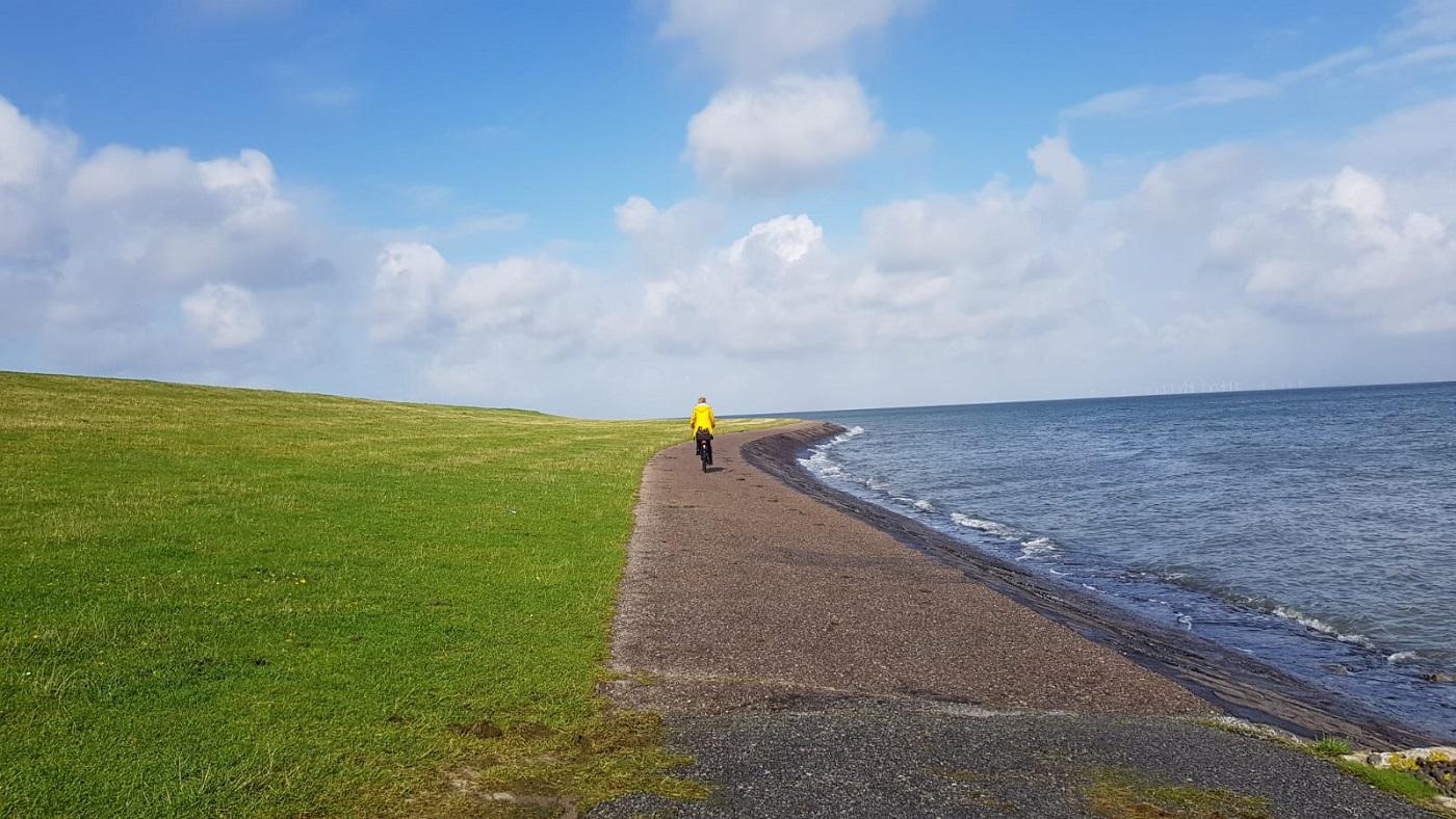Radweg am Meer