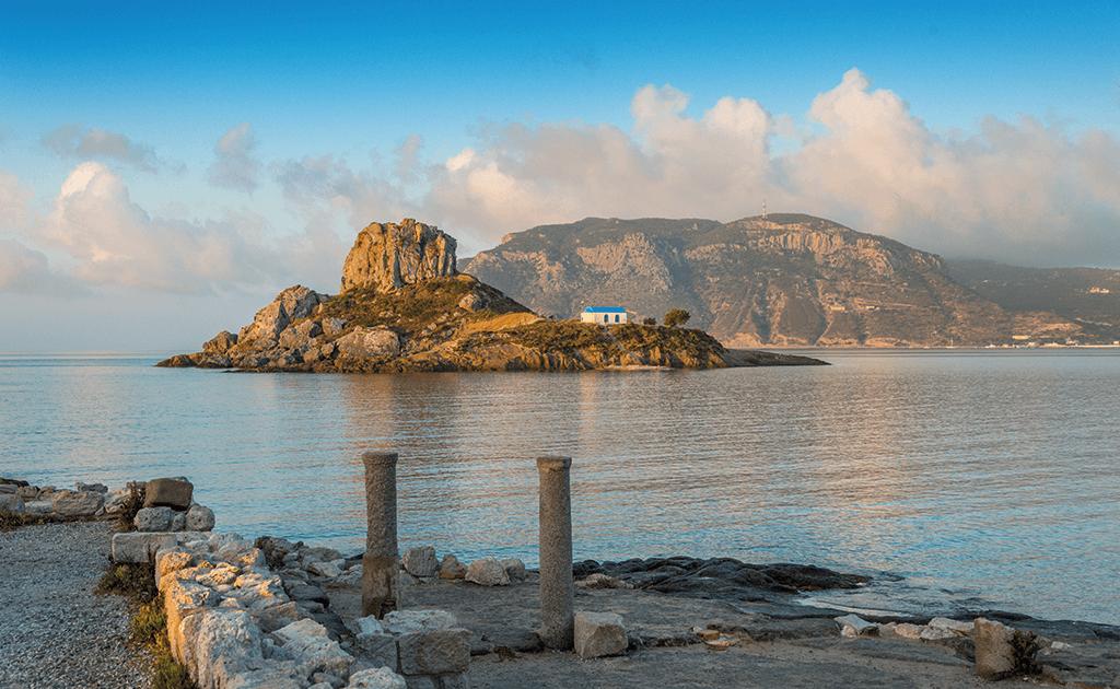 Kos antike Ruinen mit Blick auf die Kastri und die Kapelle