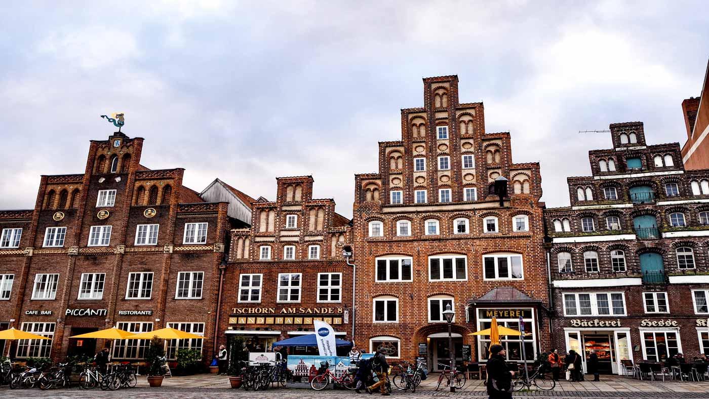Fassaden in der Innenstadt von Lüneburg