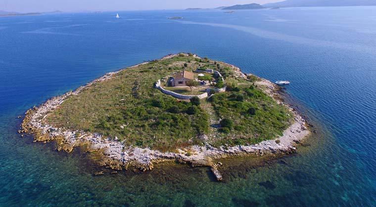 Ferienhaus auf einer einsamen Insel in Kroatien