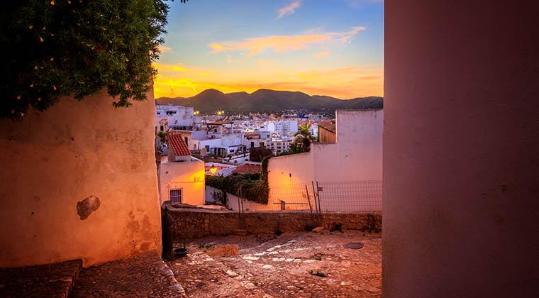 Spaziergang durch Ibiza Stadt