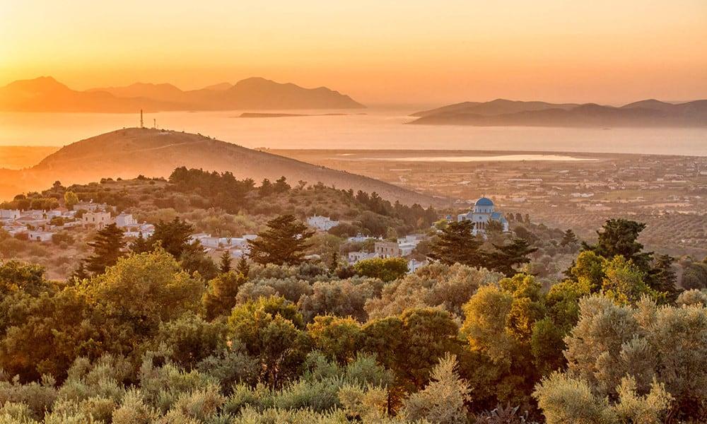 Zia ist ein Gebirgsdorf, das besonders für seine schöne Aussicht bekannt ist.