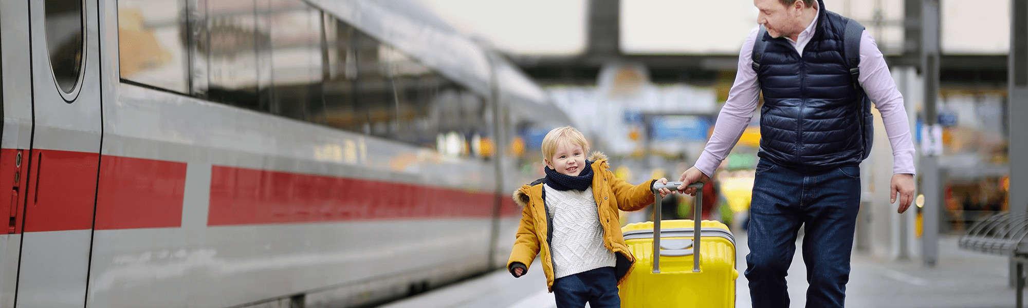 Zug zum Flug & Co. – So reist du entspannt zum Flughafen an