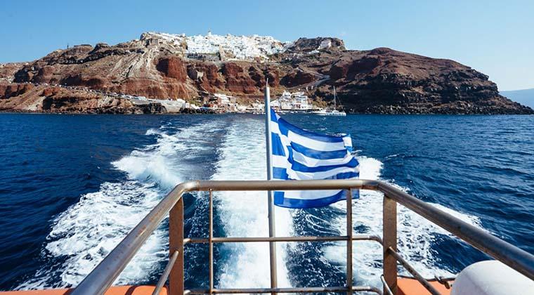 Fähre nach Santorin