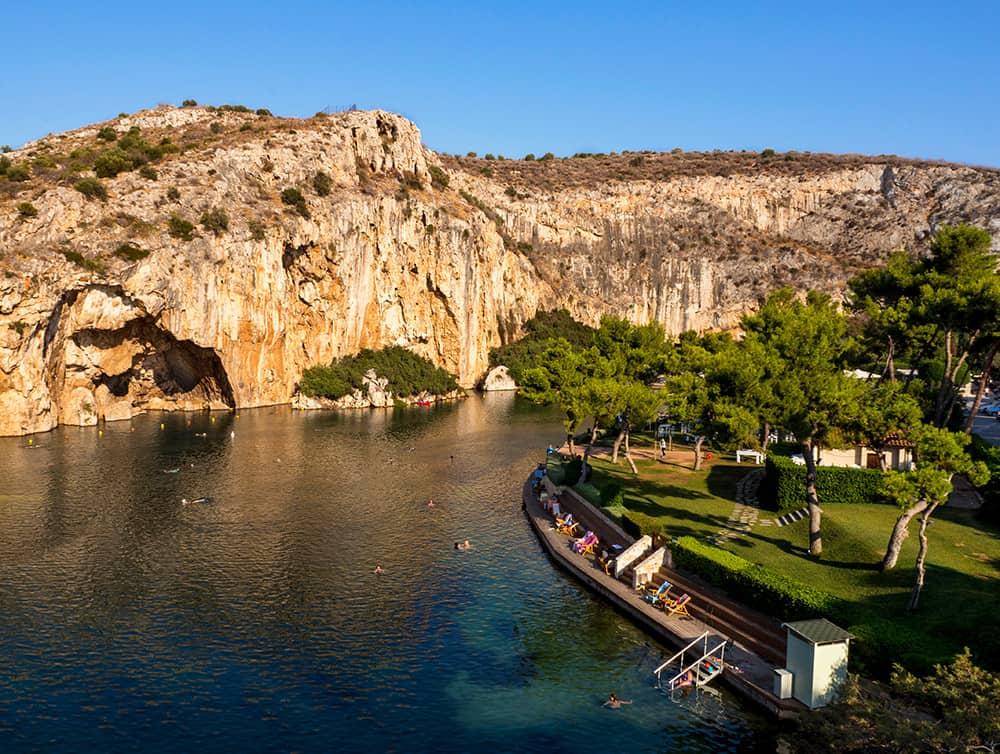 Vouliagmeni See an der Riviera von Athen