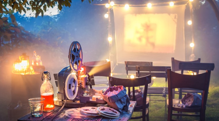 Kleines Kino im Garten