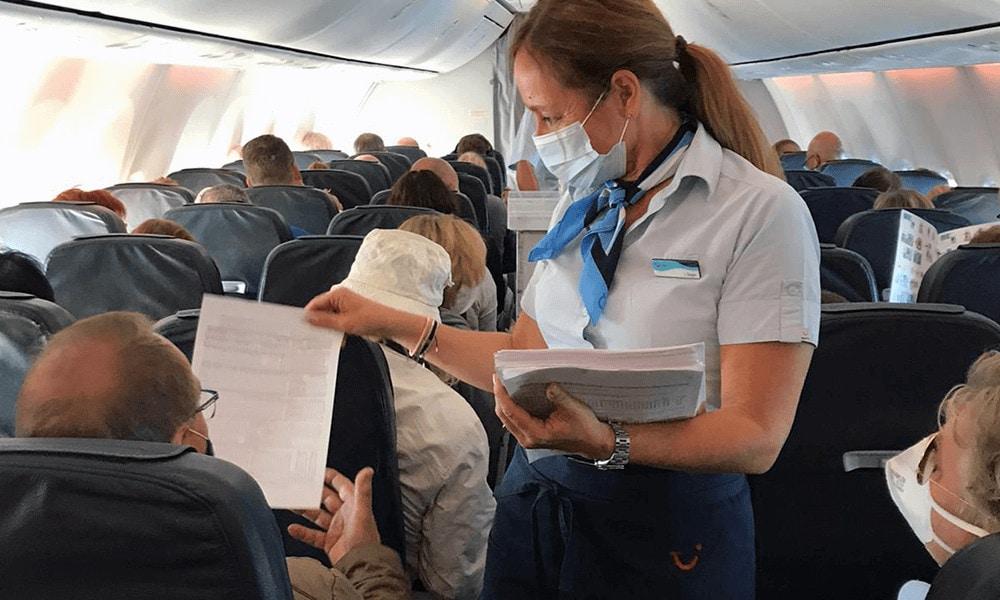 Die Einreiseformulare für Mallorca füllst du bereits an Bord aus.