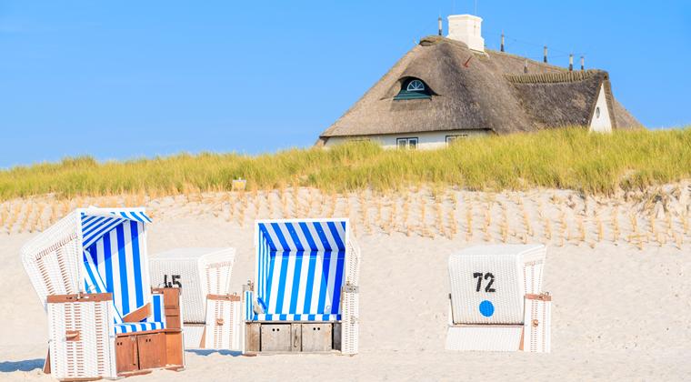 Strandkörbe am Strand von Kampen
