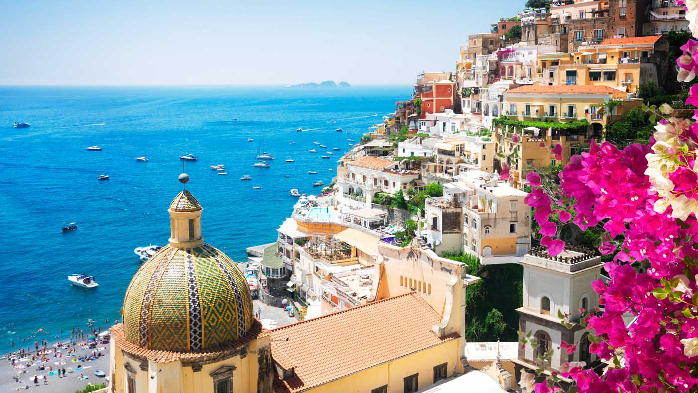 Aussicht auf Positano (Copyright: Shutterstock/Neirfy)