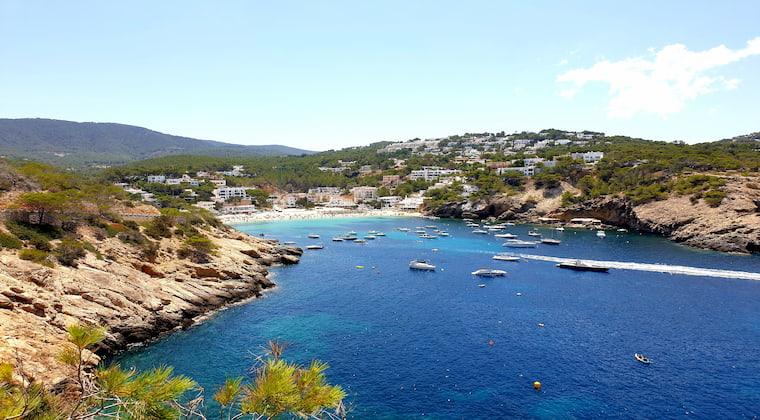 Ausblick auf die Cala Vadella