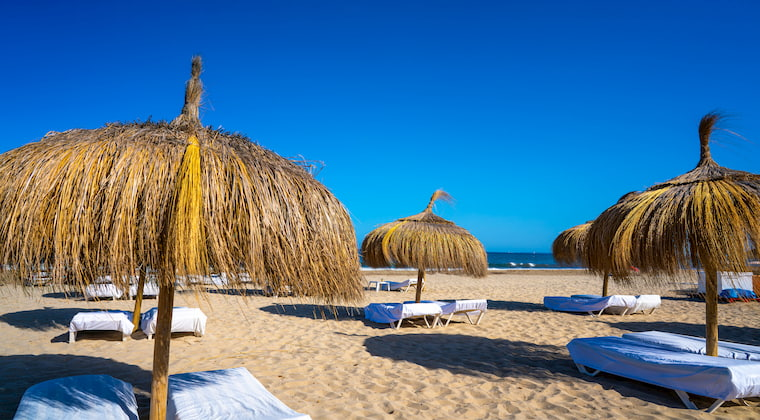 Sonnenschirme Playa den Bossa